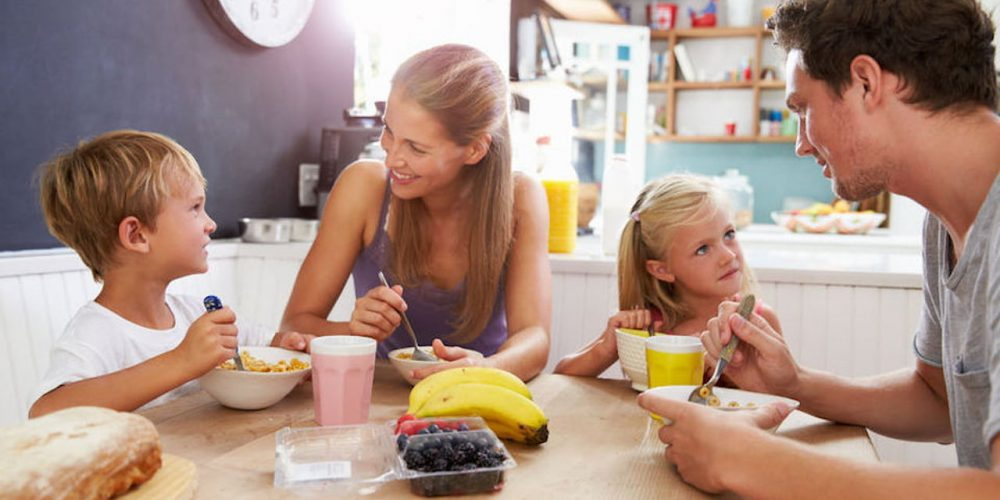 La prima colazione, il vero carburante per i bambini e i ragazzi